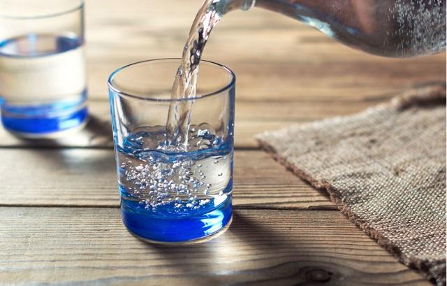 Bạn nên giữ nước ion kiềm ở môi trường nhiệt độ thấp và không có nhiều ánh sáng